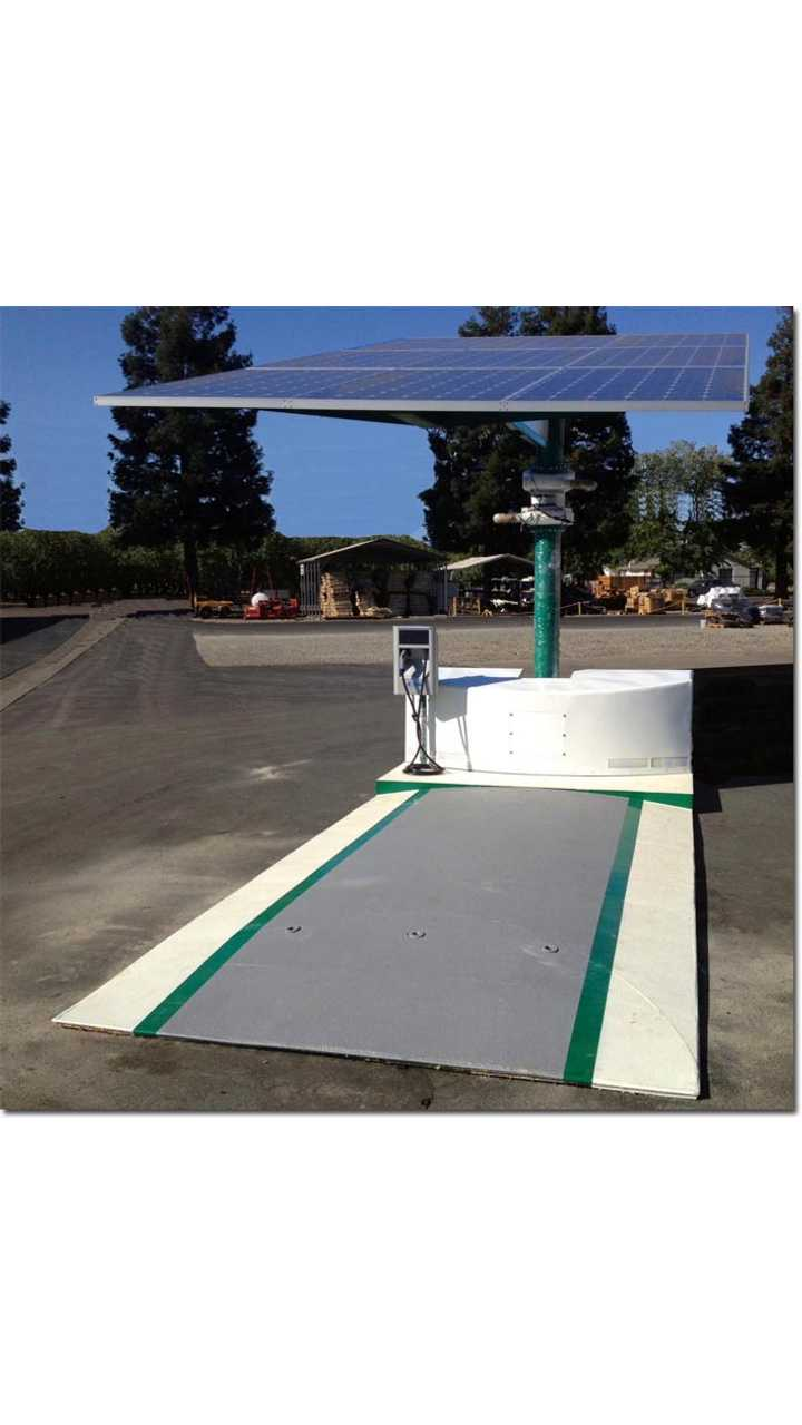EV Arc is the World's First Mobile (?) Solar Electric Vehicle Charger
