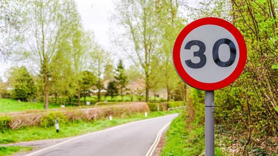 Dorset A-road has speed limit cut in bid to improve air quality