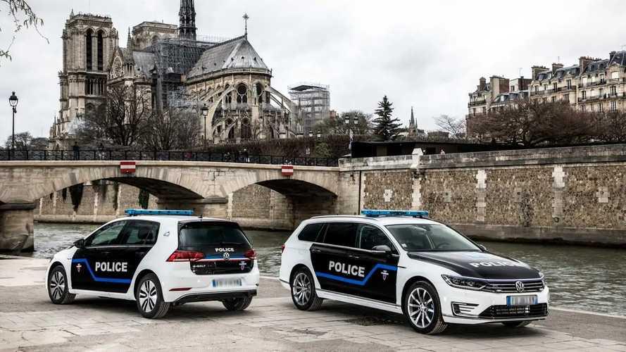 VW-Fahrzeuge für die Polizei in Paris
