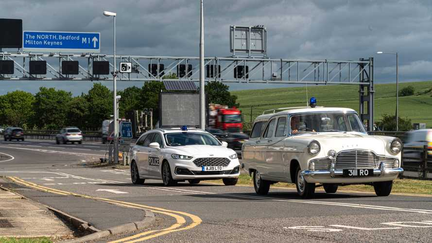 Vintage Police Car Marks 60th Anniversary Of UK's First Motorway