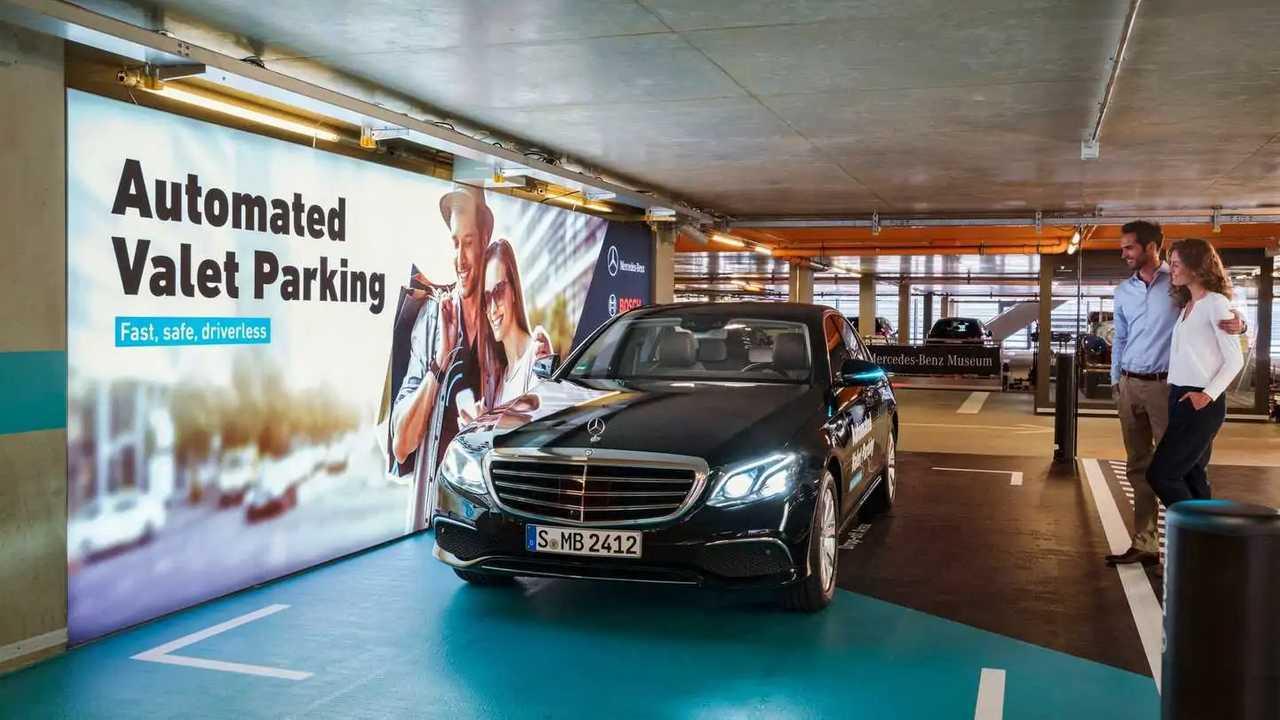 Mercedes e Bosch parcheggio autonomo