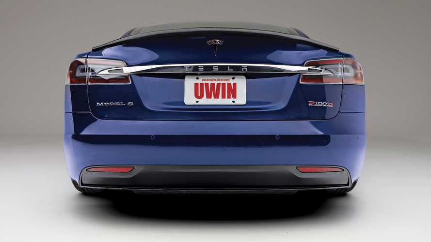 Donate For A Chance To Win This Tesla Model S P100D With Ludicrous Mode