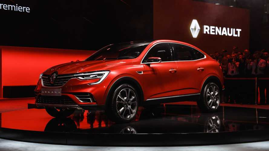 Renault раскрыла стоимость всех версий «Арканы»