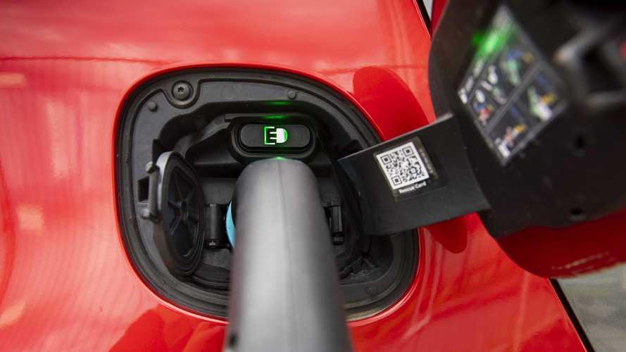 """Auto elettriche 2020, """"vendite su del 20% a 2,5 milioni di unità"""""""