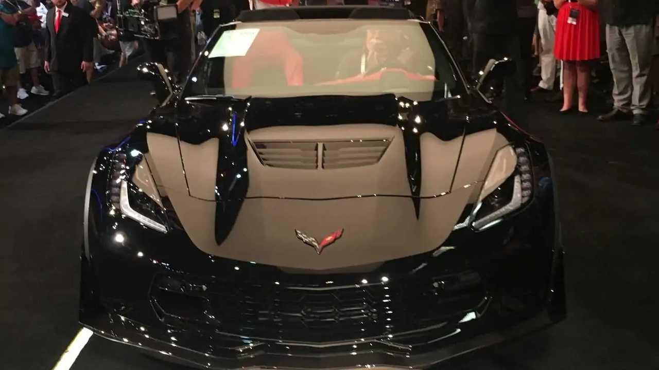 Final C7 Corvette Sold for $2.7 million