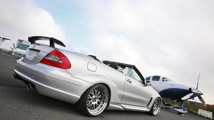 Inden Design Shows CLK DTM Cabriolet Replica Kit
