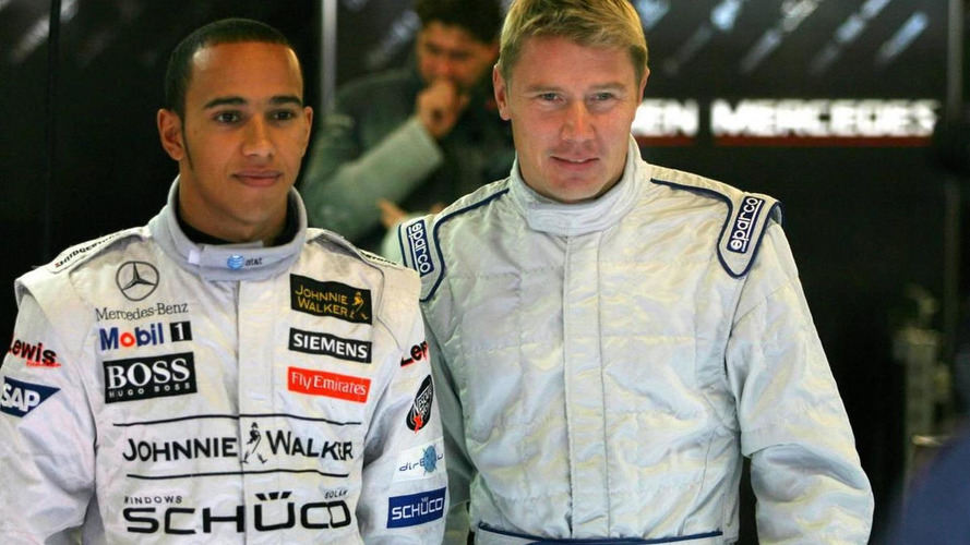 Hamilton denies Hakkinen to be new manager