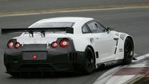 Гоночный Nissan GT-R FIA GT1
