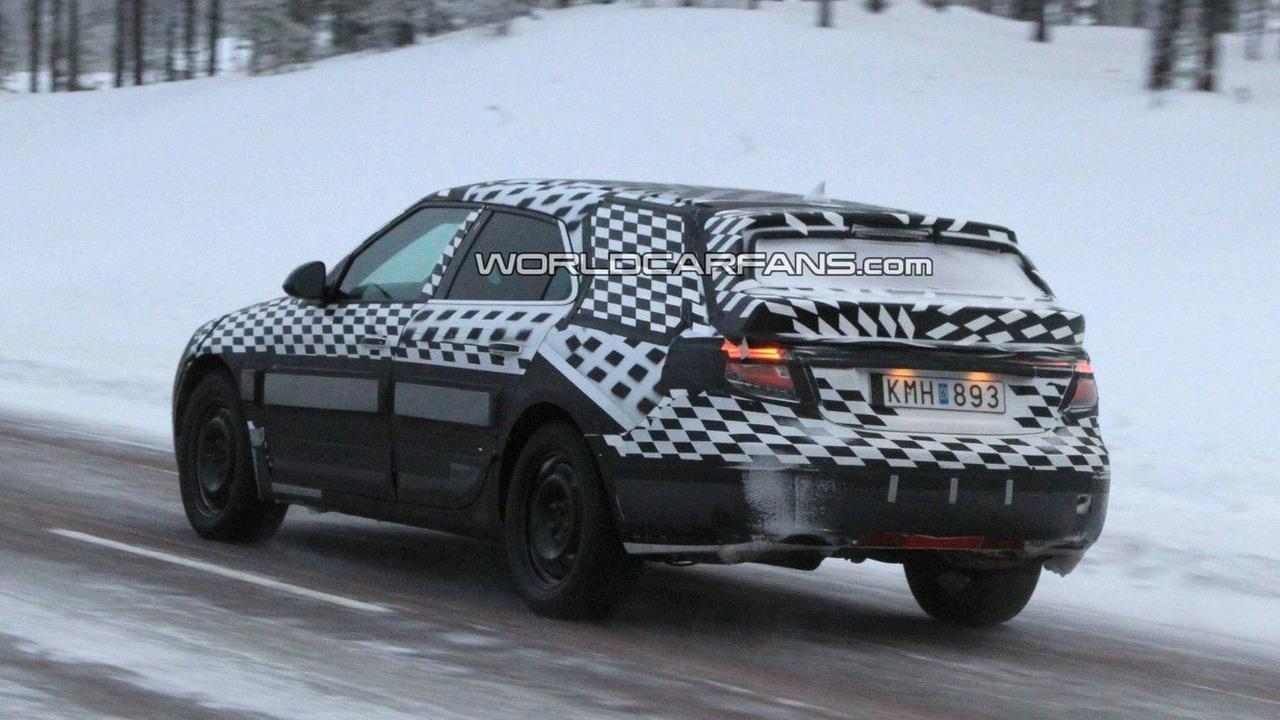 Saab 9-5 Wagon Spied winter testing in Sweden 17.01.2010