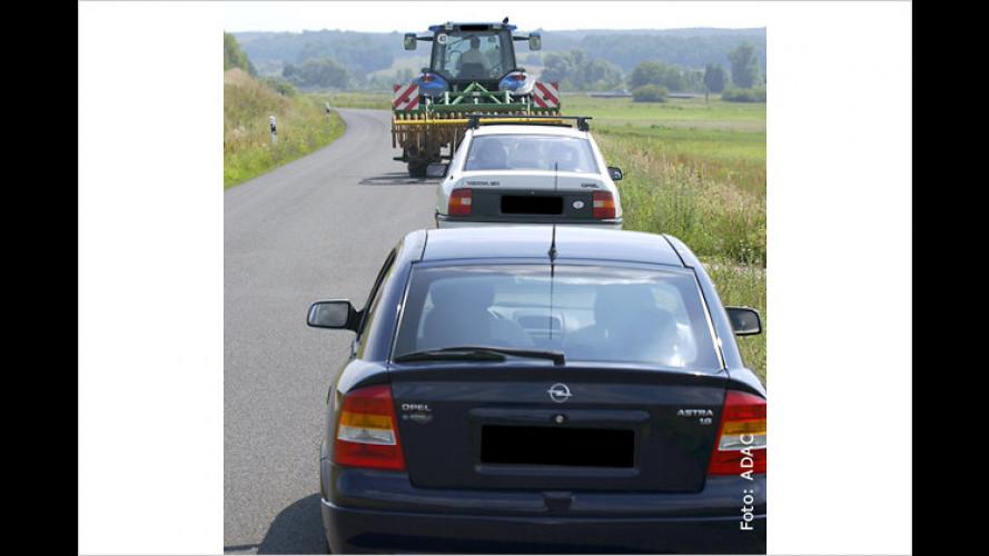 ADAC warnt: Vorsicht vor Bauernglatteis und Hopfenspikes!