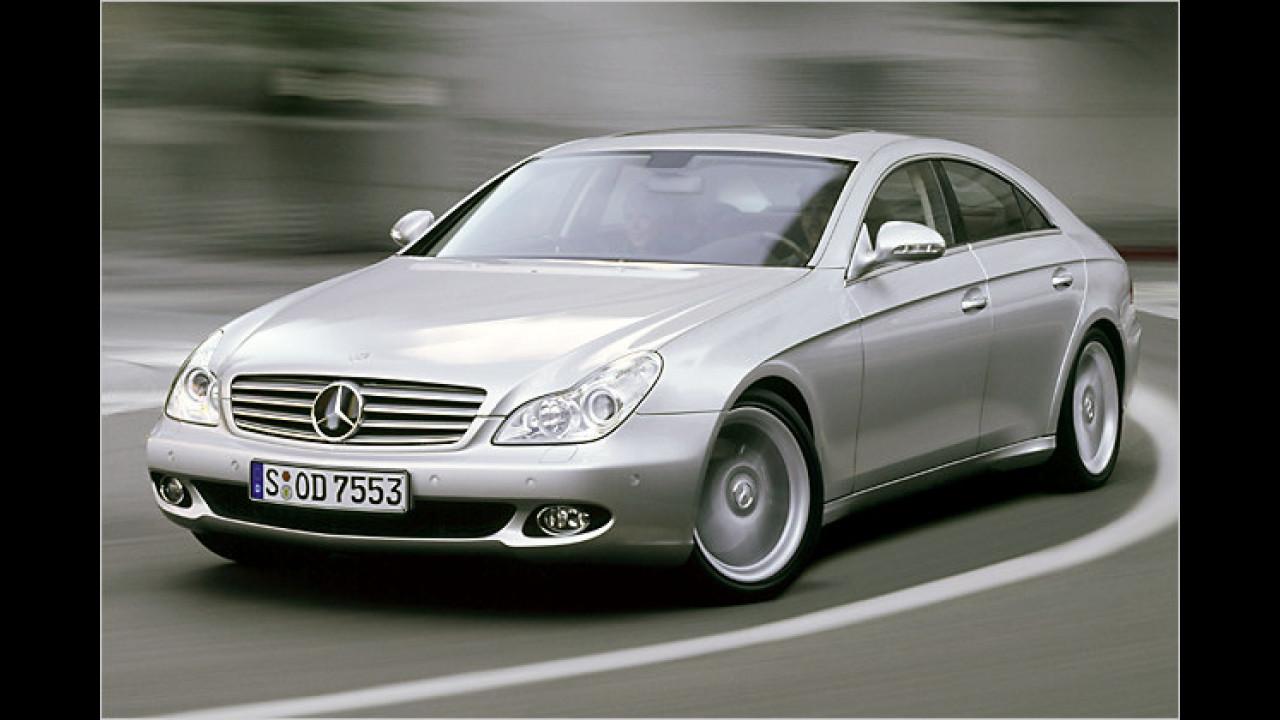 Paradigmen-Bruch für die gehobene Mittelklasse: Der Mercedes CLS zeigte sich 2004 in Genf und führte mit seinen vier Türen den Begriff ,Coupé