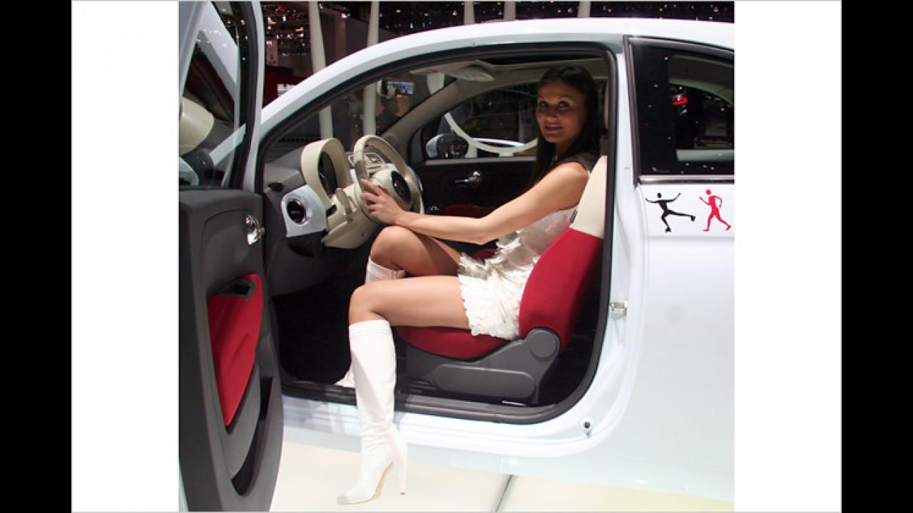 Unpassendes Autofahrerinnen-Schuhwerk scheint verbreitet zu sein