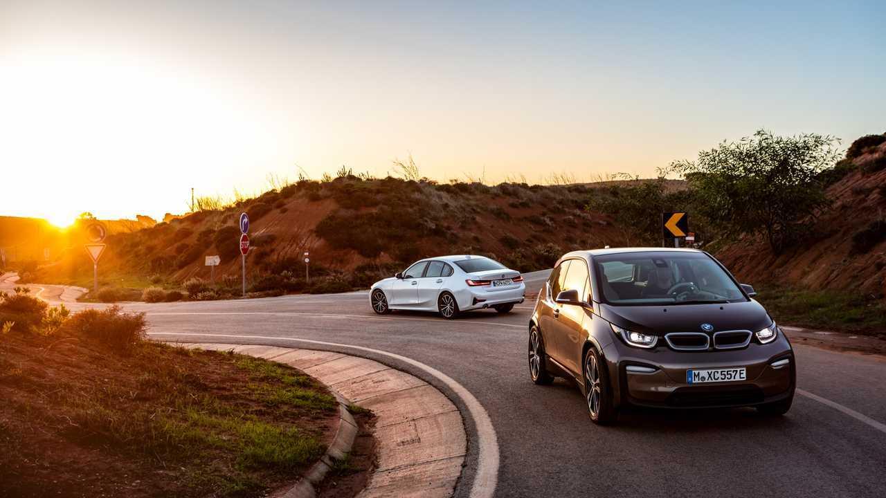 BMW 330e Limousine (2019)