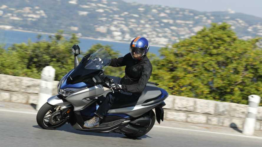Manovra 2019: 4 novità per chi va in moto