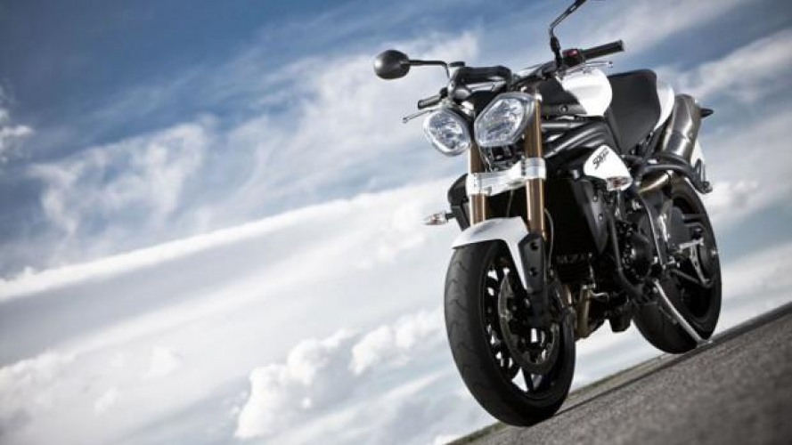 Triumph Speed Triple 2015: meno chili e più elettronica