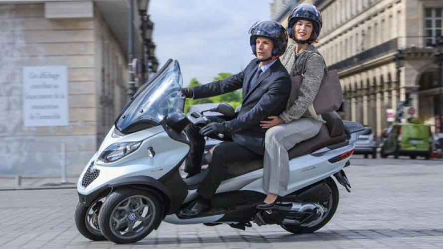 Scooter sharing: Enjoy con Piaggio Mp3