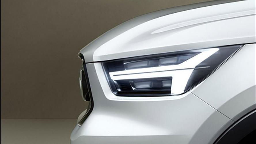 Volvo XC40, il nuovo SUV svela i fari
