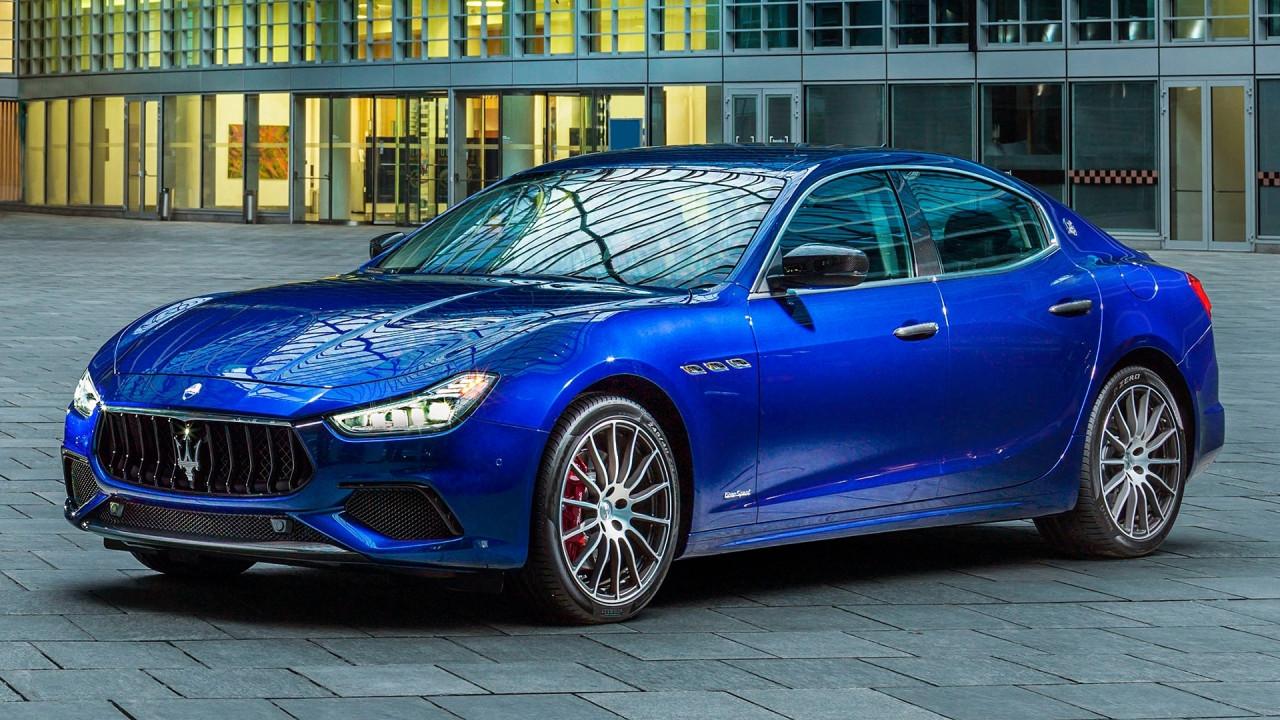[Copertina] - Maserati Ghibli restyling, tecnologia e personalizzazioni