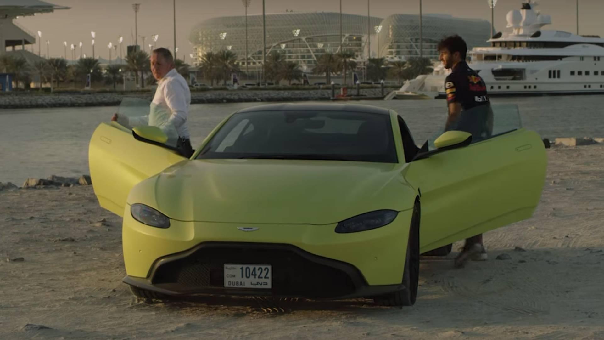 Daniel Ricciardo Drives Aston Martin Vantage Buys Valkyrie - 2018 aston martin vantage