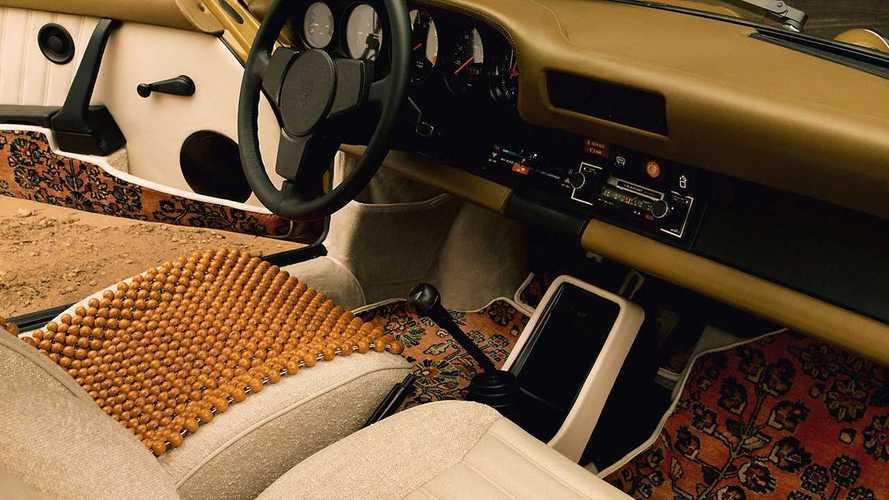 На зависть «Жигулям»: Porsche 911 украсили узорчатыми коврами
