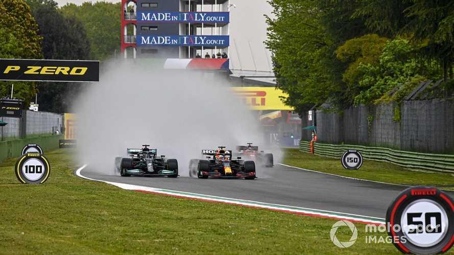 Verstappen gana y Hamilton tira de suerte del campeón en Imola