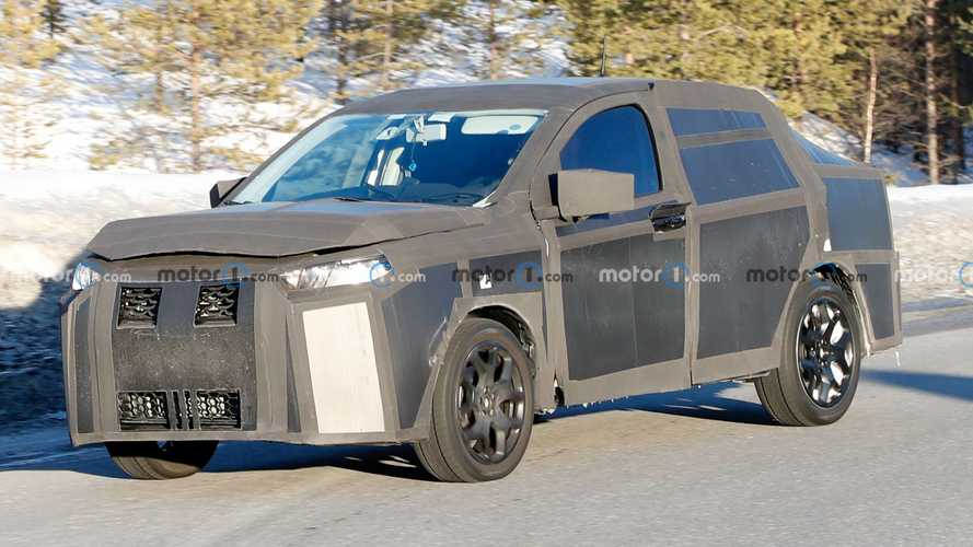 Strange, high-riding prototype spied again, could be a Fiat SUV