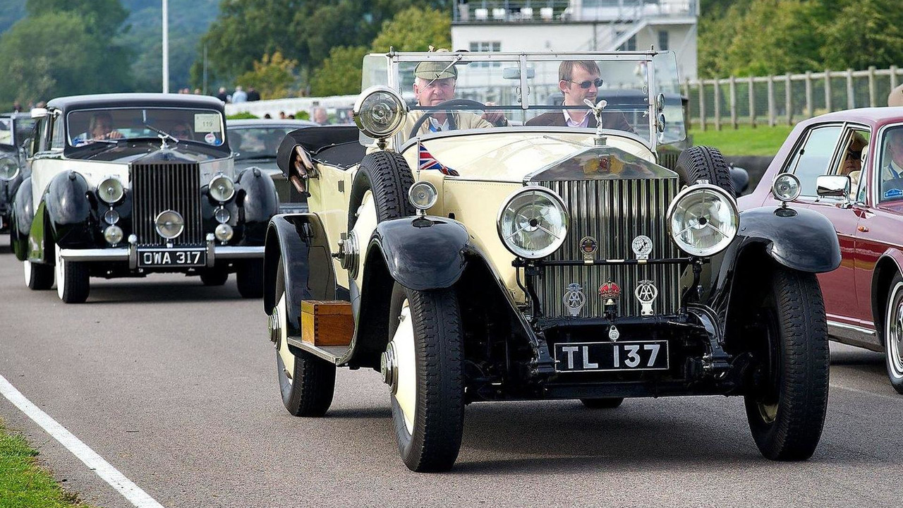 Gallery Rolls Royce Celebrates Spirit Of Centenary With 100 Cars For Years Event Video