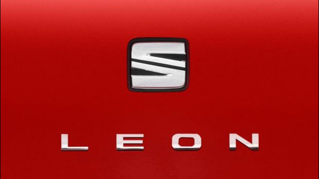 [Copertina] - Il nuovo logo Seat debutta sulla Leon