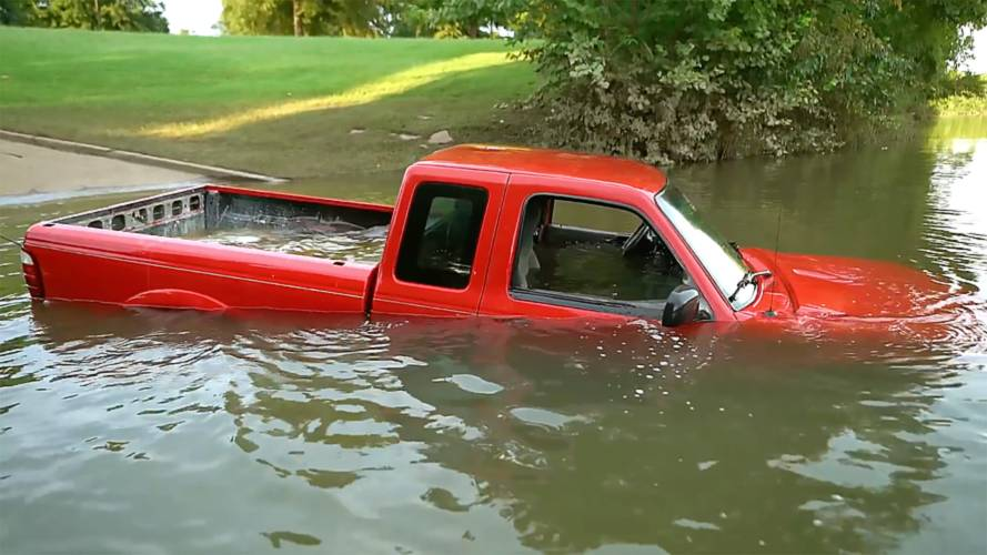 Watch A Diver Help Retrieve A Sunken Ford Ranger Pickup