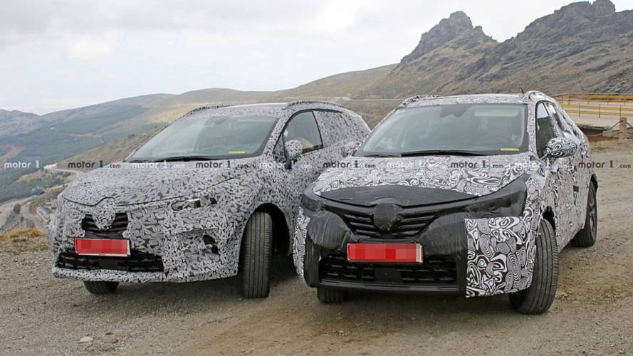 Renault Clio SUV spy photo
