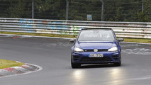 Possible 2018 VW Golf R420 spy photos