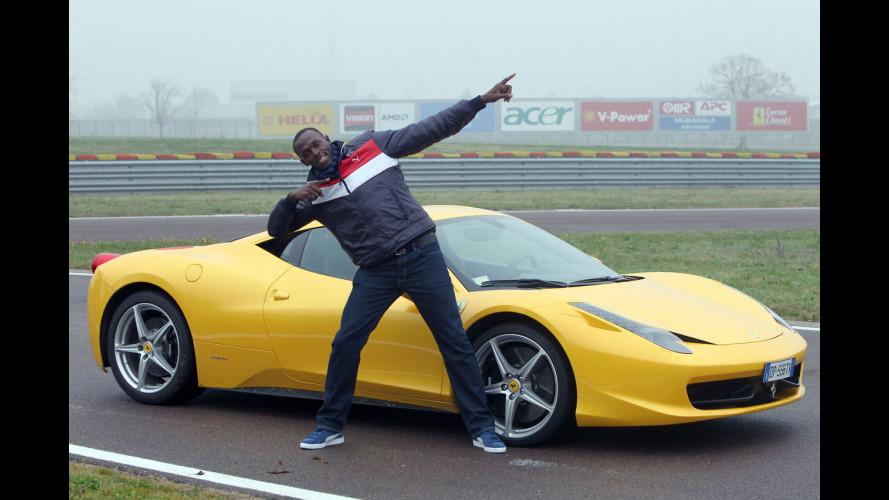 Usain Bolt con Ferrari sfida ancora la velocità