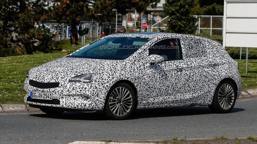 Next generation Opel Astra spied with thinner camouflage
