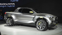 Hyundai Santa Cruz Crossover Truck Concept at 2015 NAIAS