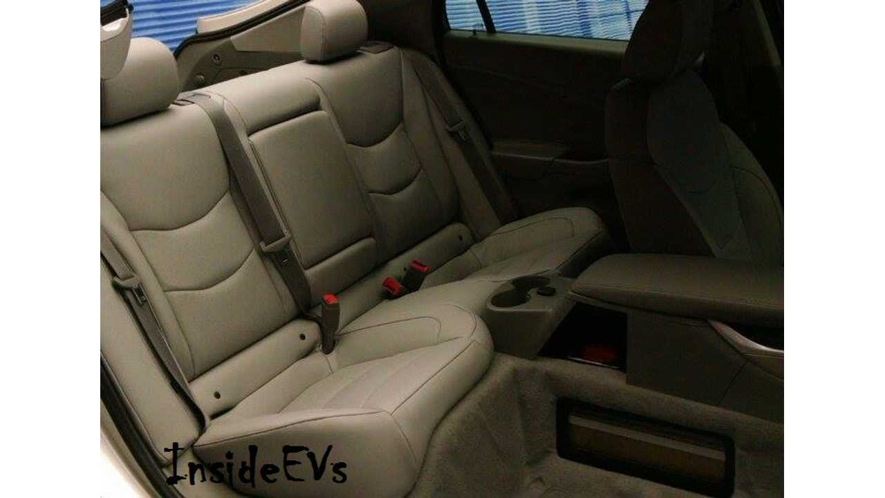 2016 Chevrolet Volt - Interior Design With Critical Seating For 5