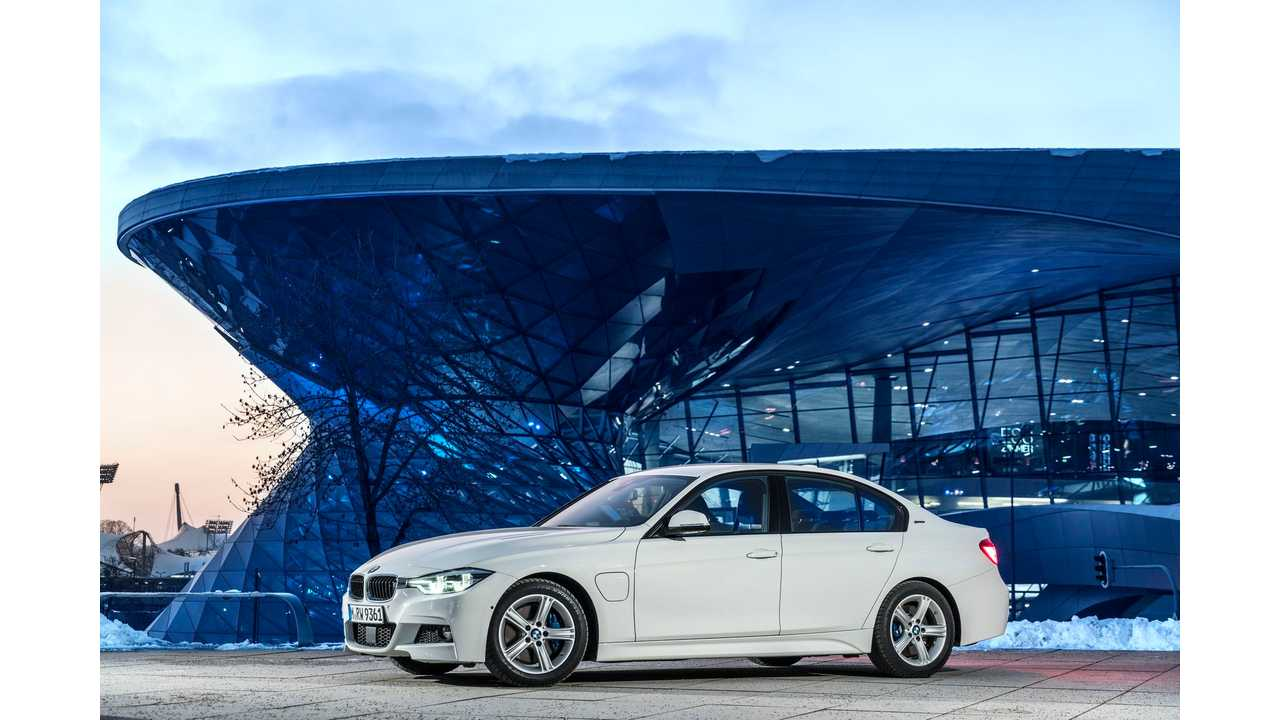 BMW 330e iPerformance Range And Mileage Tests - Videos