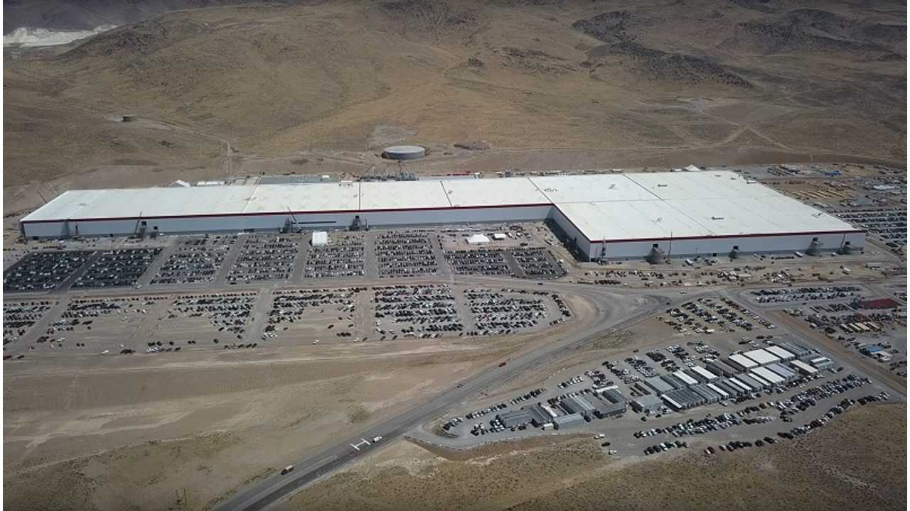 Tesla Gigafactory Construction Update - August 17, 2017 by California Phantom