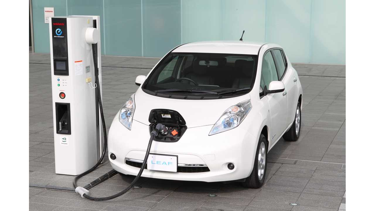 LEAF gets a quick charge in Japan