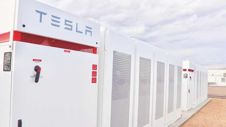 Up-Close Look At Colorado's Largest Tesla Powerpack: Video