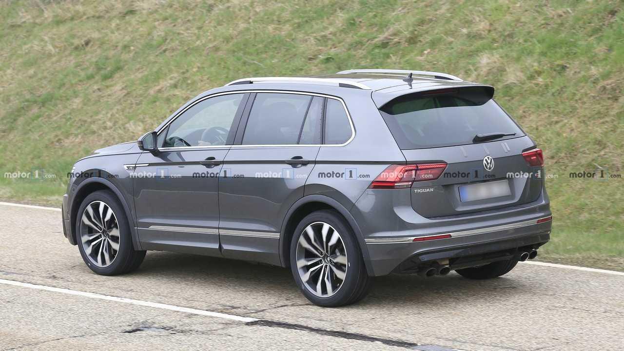 VW Tiguan R шпионская фотография