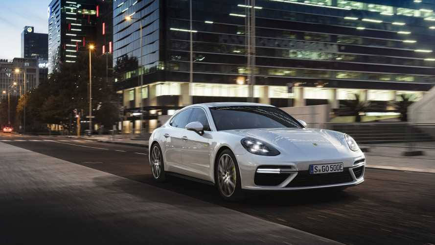 2018 Porsche Panamera Turbo S E-Hybrid Cranks Out 680 HP, Features 14.1 kWh Battery