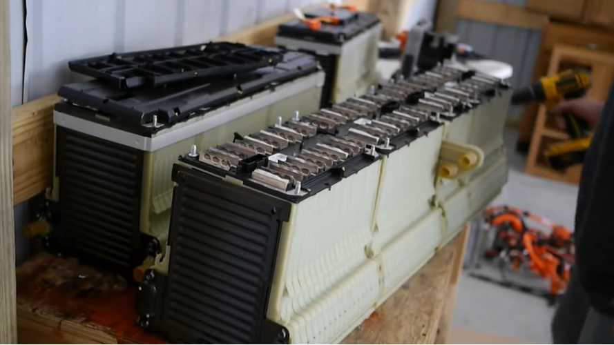2013 Chevy Volt Battery Pack and Drivetrain Disassembly – Video