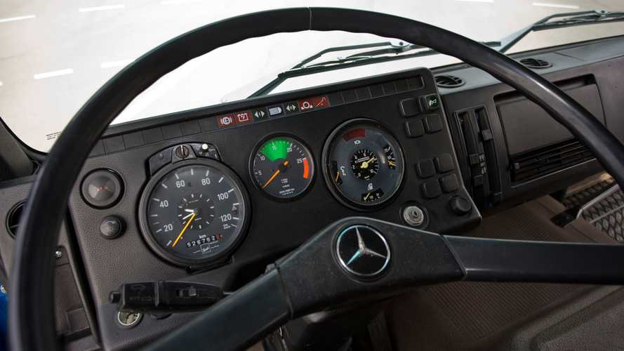 Mercedes, la storia attraverso i cruscotti