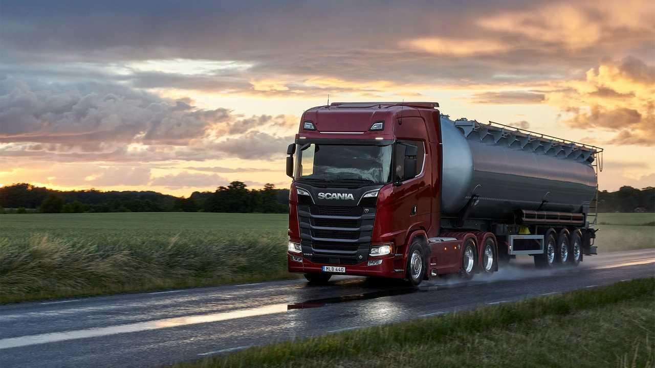 Scania Serie S con nuovi motori V8