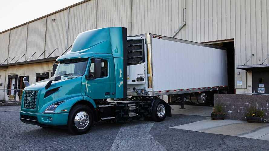 Volvo Trucks Launches VNR Electric In North America