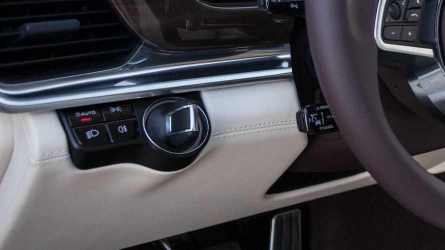 Sapete qual è il dettaglio che rende unico un marchio auto?