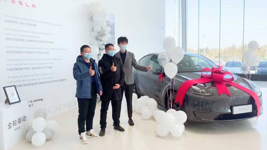 China: Tesla Officially Starts Deliveries Of MIC Model Y