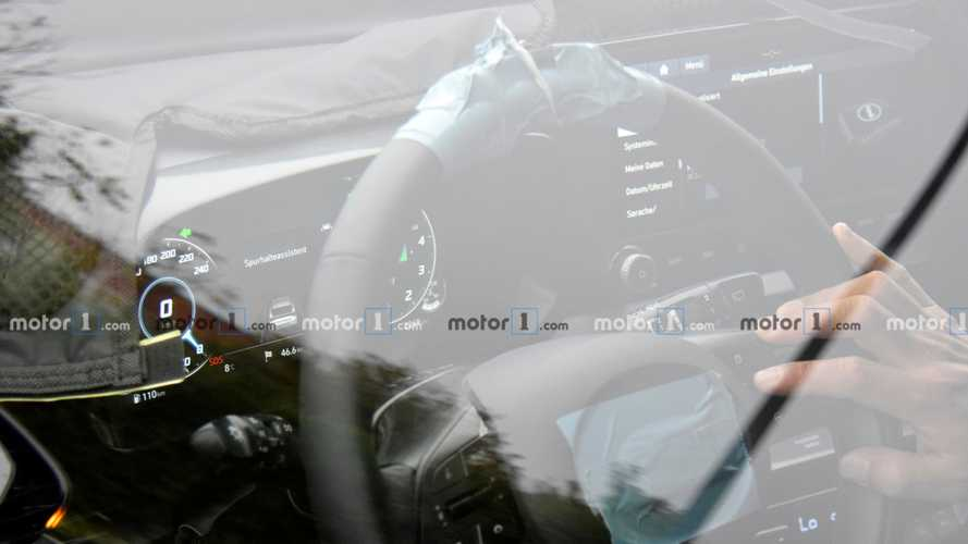 New Hyundai i20 Spied With Digital Instrument Cluster