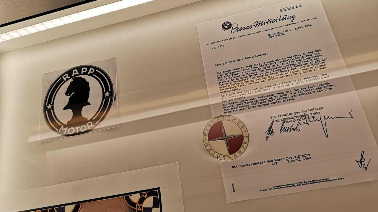 Les premiers logos de BMW