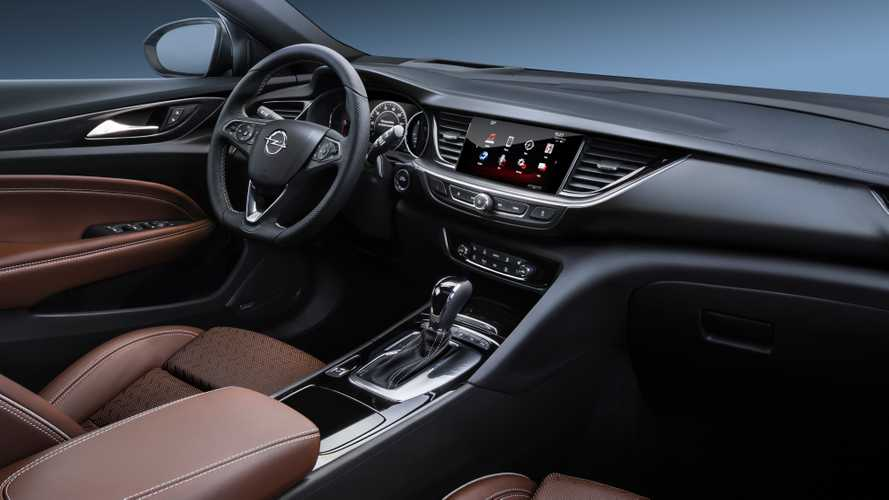 Opel Insignia 2020 vs. 2017